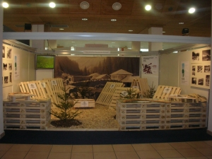 Stand-triennale-legno-Trento1.JPG